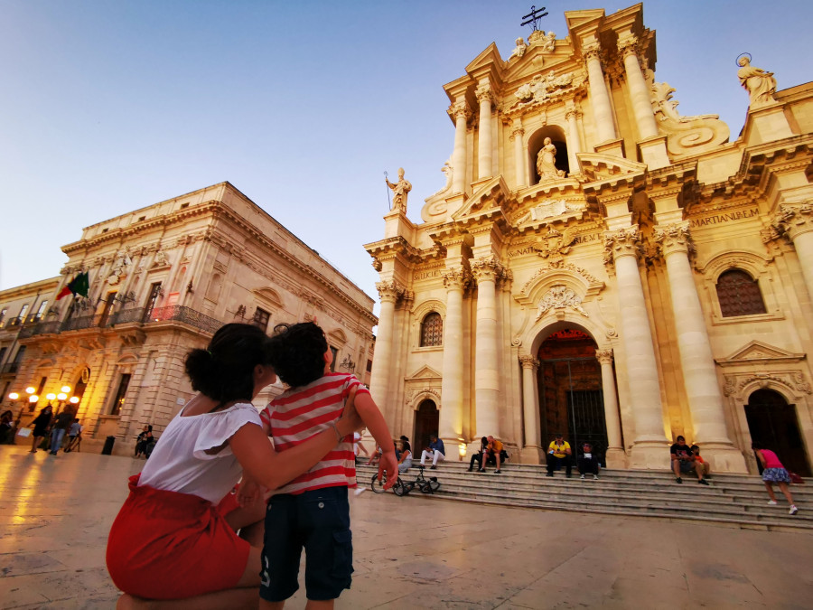 Ortigia with children: walking in an ancient Greek city