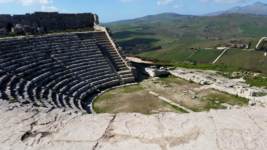 Segesta and Erice: the Elymian cities