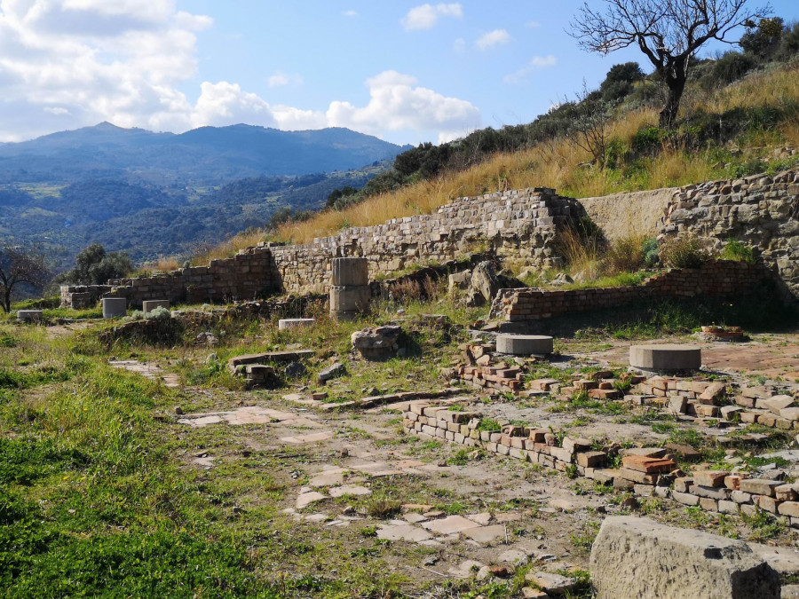 Art and Archaeology in the beautiful Halaesa Valley