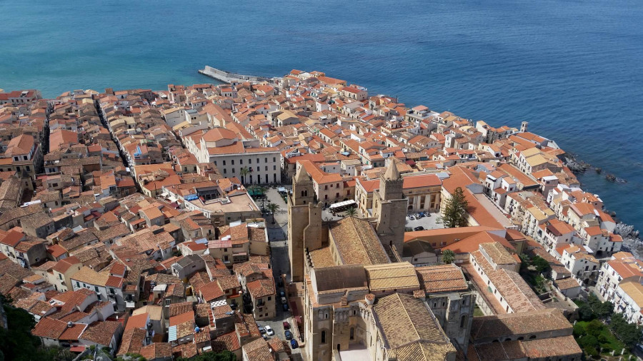 Cefalù: the Arab-Norman pearl of the Tyrrhenian Sea