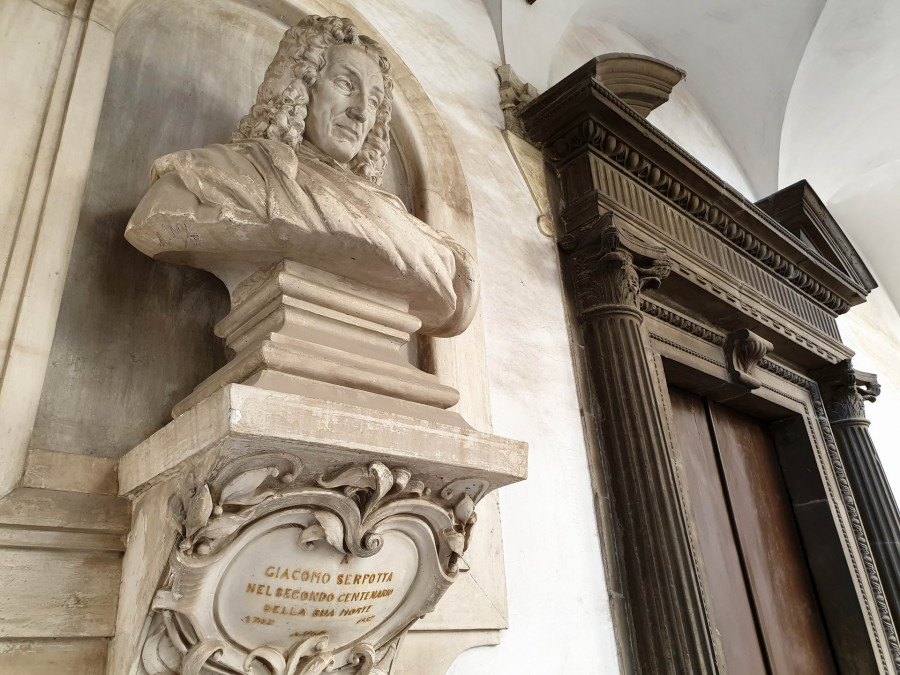 Oratories and confraternities in Palermo: the art and magic of Sicilian stuccos